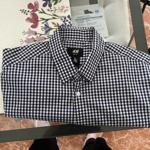 H&M shirt short sleeve never used like new